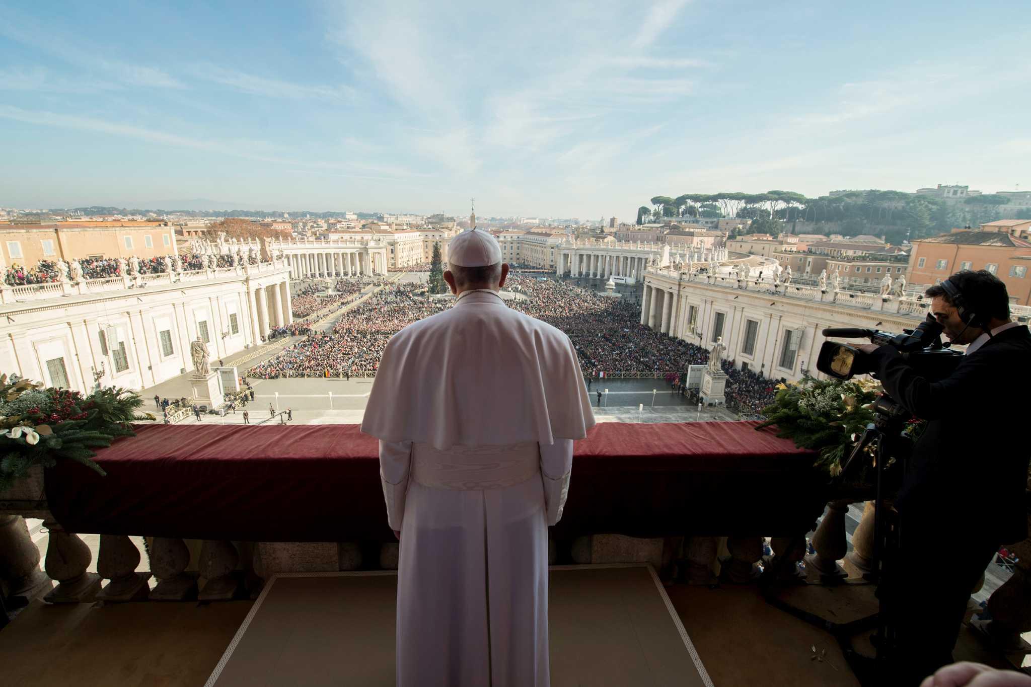 """Папа франциск рассказал о желании """"построить мост"""" до москвы."""
