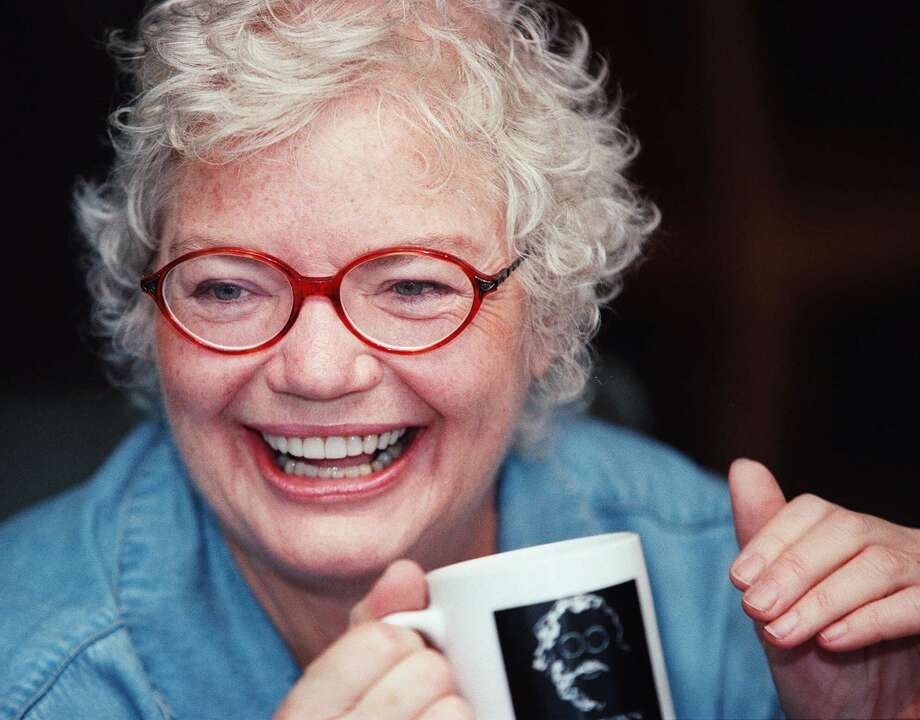 """(KRT2) KRT LIFESTYLE STORY SLUGGED: IVINS KRT PHOTOGRAPH BY JILL JOHNSON/FORT WORTH STAR-TELEGRAM (DALLAS OUT) (July 2) Political columnist Molly Ivins talks about her career and her recent bout with cancer at her home in Austin, Texas. (FT) AP NC KD 2001 (Horiz) (mvw) (Additional photos available on KRT Direct, KRT/Newscom or upon request)   HOUCHRON CAPTION (10/05/2003):  """"Bushwacked: Life in George W. Bush's America"""" is the latest book from columnist Molly Ivins. She reads on Thursday at Brazos Bookstore.  BOOK EVENTS. Photo: CAROLYN MARY BAUMAN, STF / FORT WORTH STAR-TELEGRAM"""