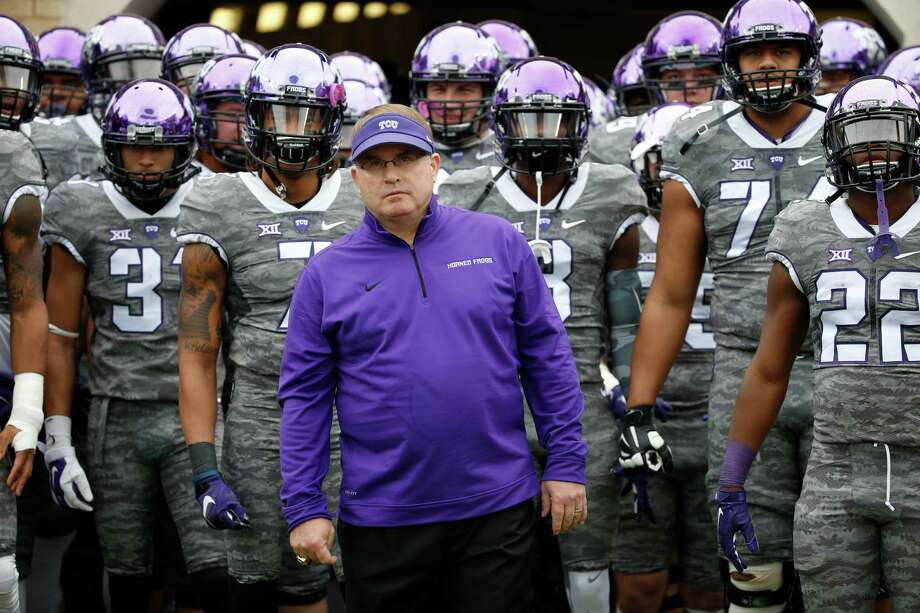 TCU head coach Gary Patterson and his team wait before TCU takes on Kansas on Nov. 14, 2015, in Fort Worth. Photo: Ron Jenkins /Associated Press / FR171331 AP