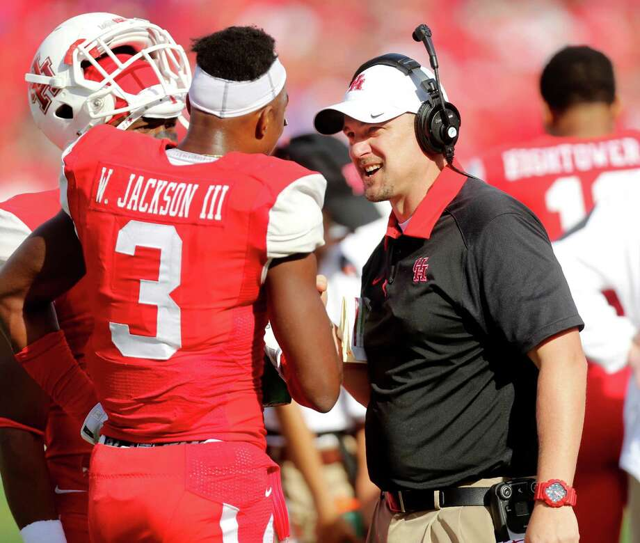 Coach Tom Herman attempts to mentor  William Jackson III and all the UH players. Photo: Gary Coronado, Staff / © 2015 Houston Chronicle