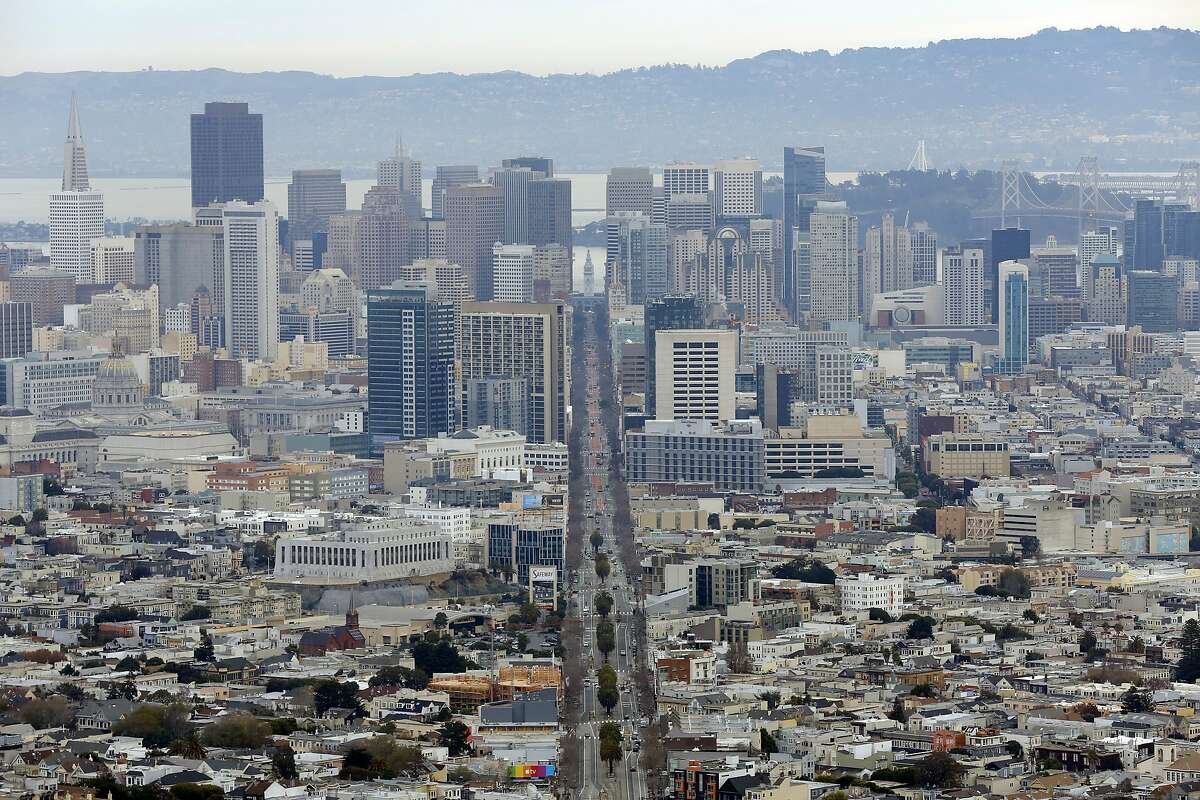 A look from Twin Peaks down Market Street toward downtown San Francisco, California, on Sunday, Dec. 27, 2015.