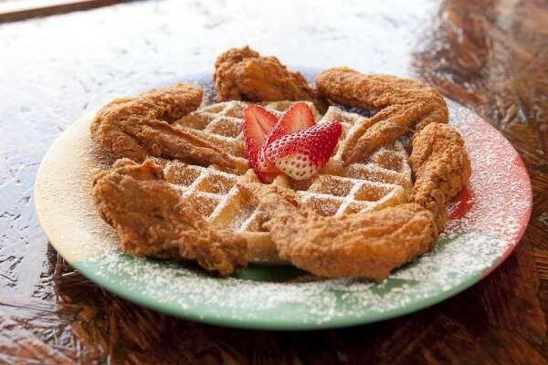Breakfast Klub's Wings and Waffles