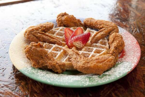 Breakfast Klub's Wings and Waffles