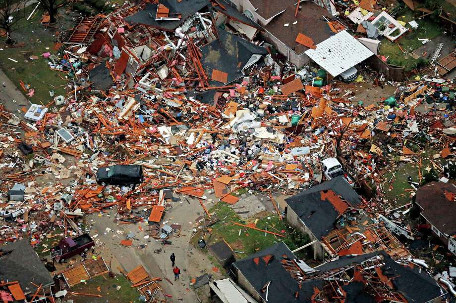 An aerial image taken on Sunday shows homes destroyed by a tornado in the North Texas town of Rowlett. Photo: G.J. McCarthy, MBR / Dallas Morning News