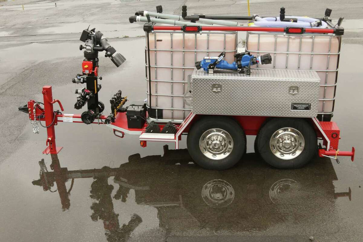 Saratoga County leaders on Tuesday will unveil an emergency response trailer they received through the Division of Homeland Security and Emergency Services. The device is equipped with a foam substance that firefighters and hazardous materials teams can use to suppress fires caused by oil or other flammable liquids.