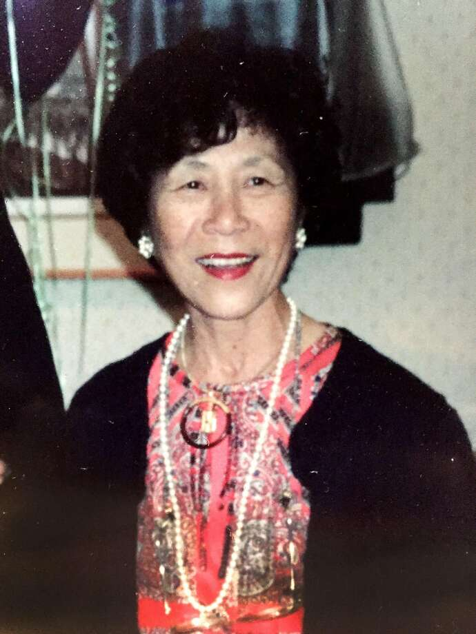 Helen Wong Lum passed away on Tuesday, Dec. 22, 2015. She is survived by her husband, Charlie Lum, and her sister, Violet Yip. Photo: Courtesy Of Charlie Lum