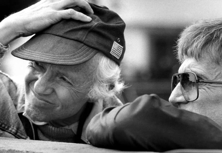 """Haskell Wexler during the filming of """"The Man Who Loved Women."""" Photo: Associated Press"""
