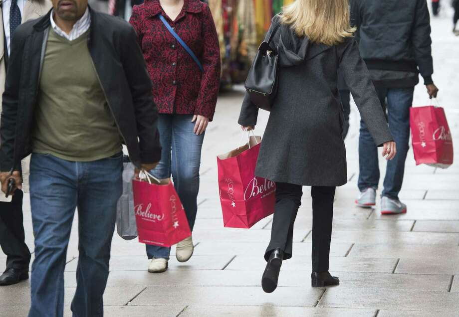 Retail sales were up 7.9 percent between Black Friday and Christmas Eve compared to the same period last year. Photo: Saul Loeb /AFP / Getty Images / AFP