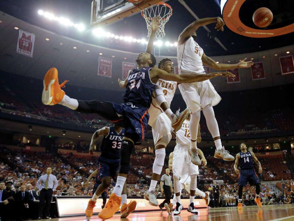 billingsley misses practice tuesday listed as questionable for utsa guard nick billingsley 34 is blocked by texas center cameron ridley 55