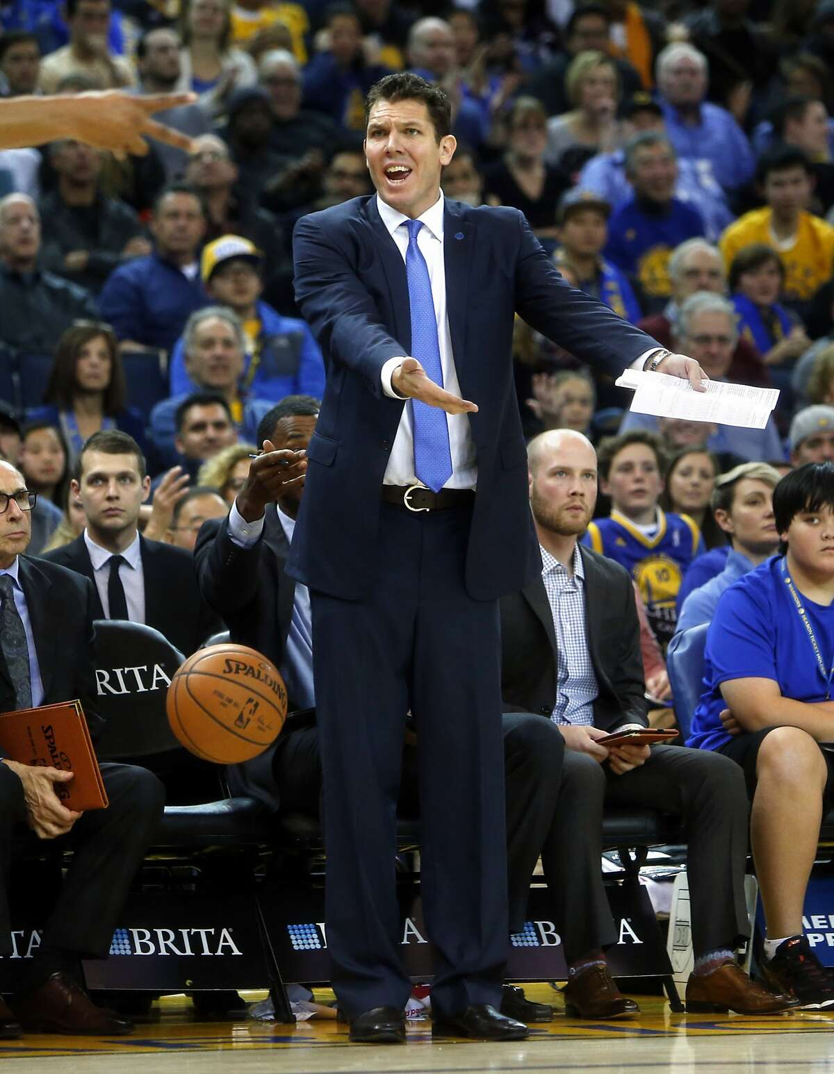 Golden State Warriors' interim head coach Luke Walton reacts to a non-call during NBA game against Sacramento Kings at Oracle Arena in Oakland, Calif., on Monday, December 28, 2015.