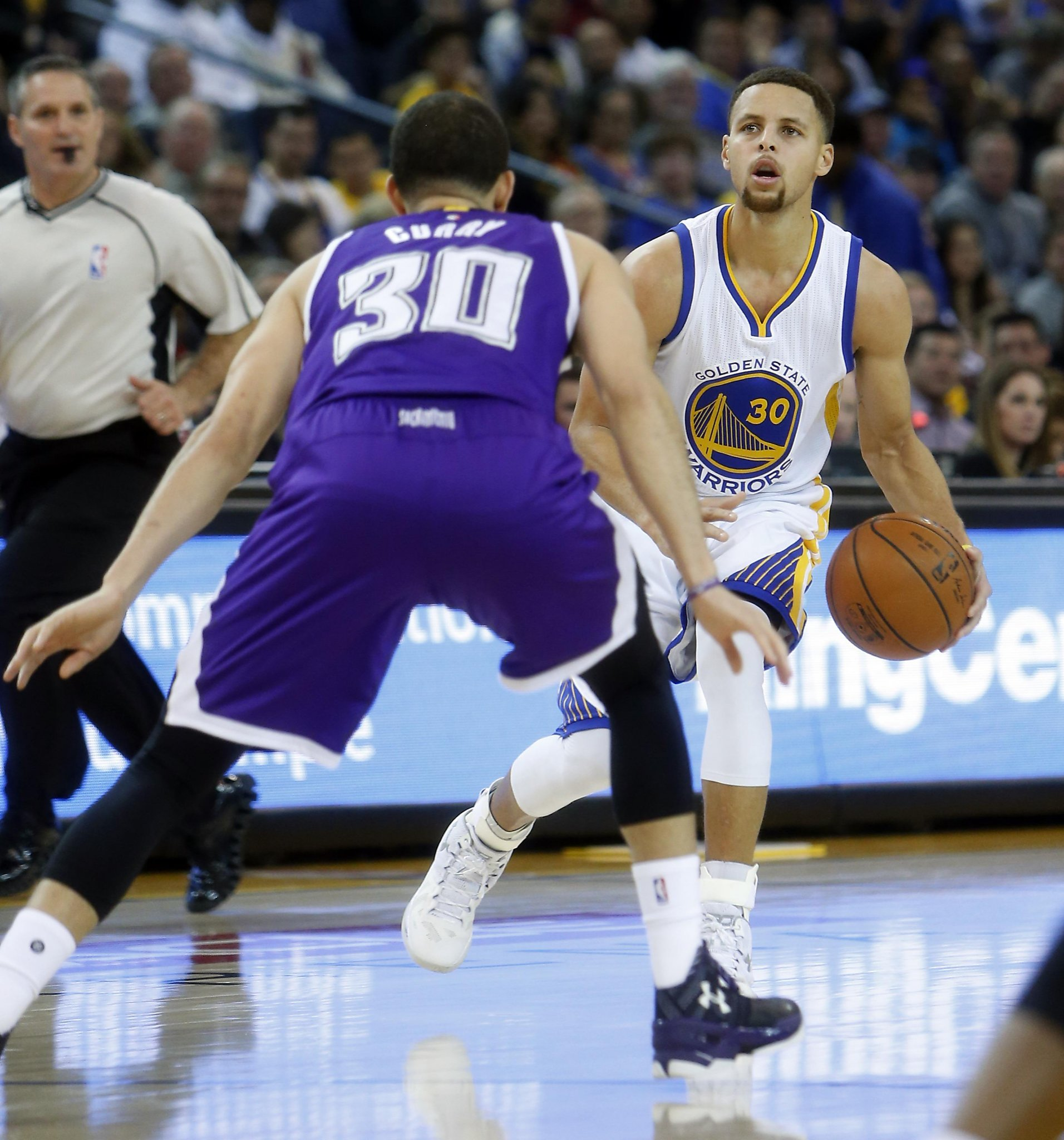 Warriors' Curry Will Start Against Nuggets; Kerr Still Out