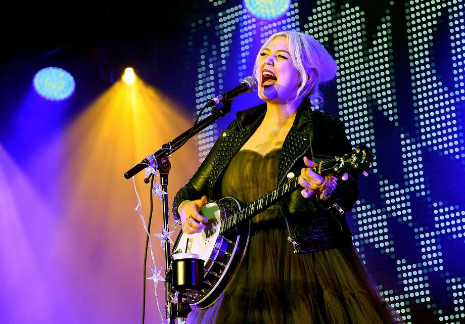 Elle King will bring her banjo to Oakland's Fox Theater on Feb. 27. Photo: Jesse Grant, Getty Images For CBS Radio