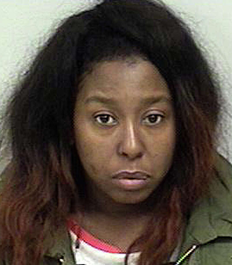 Shavonne Coachman, 32, of Hartford faces a series of charges after police said she made fraudulent purchases using credit cards that had been stolen in Westport last October. Photo: Westport Police Department / Westport Police Department / Westport News