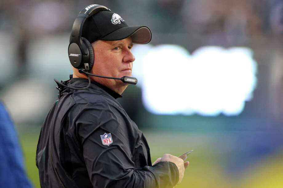 Chip Kelly becomes the latest successful college coach to struggle in the transition to the NFL. Photo: Brad Penner, FRE / FR171375 AP