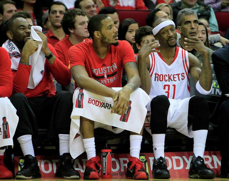 Jason Terry, right, hits the bench Tuesday after being pulled on a night he logged six minutes of action. Photo: Mark Mulligan, Staff / © 2015 Houston Chronicle