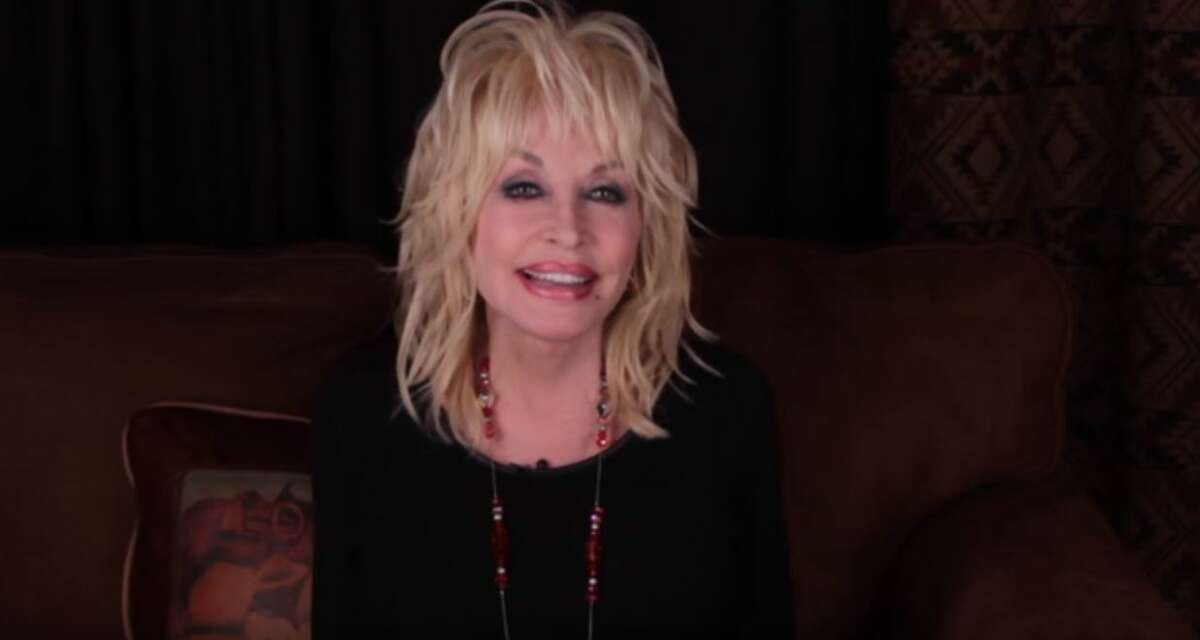 Country legend Dolly Parton is urging people to donate to a foundation in order to help a close friend find a kidney donor.