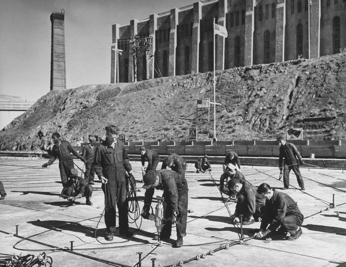 San Quentin, the oldest prison in California, opened in 1852. Take a look at these historical images of the prison from the mid 20th century Above: Inmates at San Quentin making submarine nets, 1942.