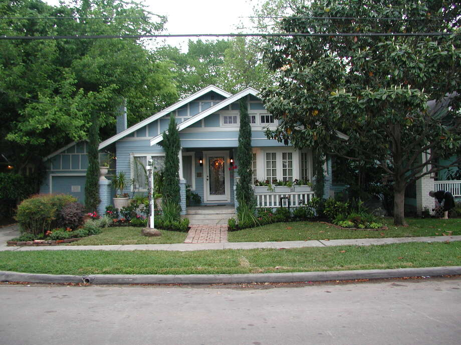 A Montrose bungalow served as an office for both Carroll and Smith, a dentist. Photo: Courtesy Photo