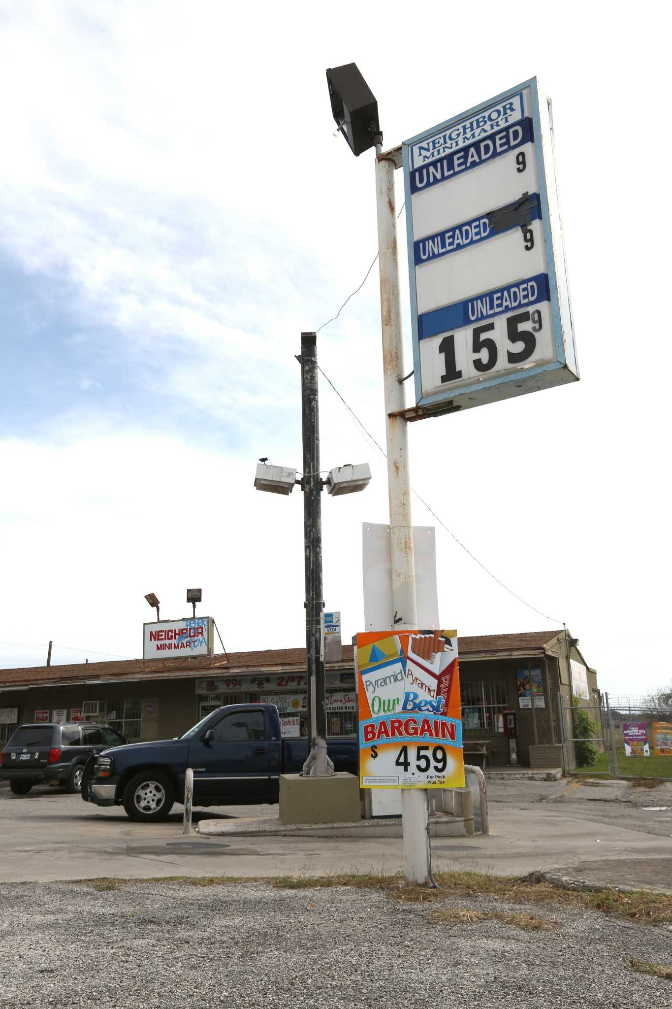 San Antonio Gas Prices >> San Antonio Gas Prices At 6 Year Low Expressnews Com