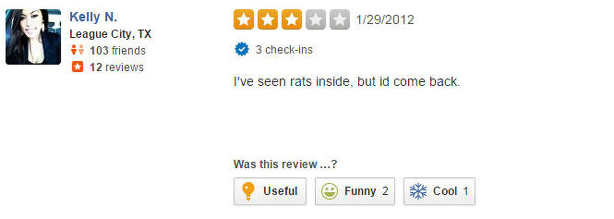 A Yelp review of AMC Gulf Pointe 30.
