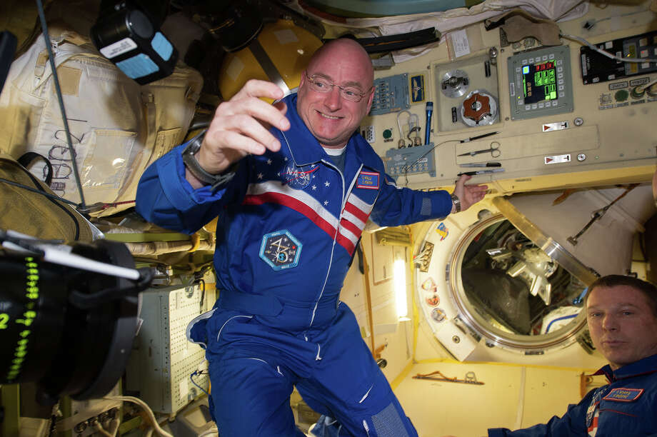 Scott Kelly answered fans' questions while he was on the International Space Station. Keep clicking to see the best questions and answers.