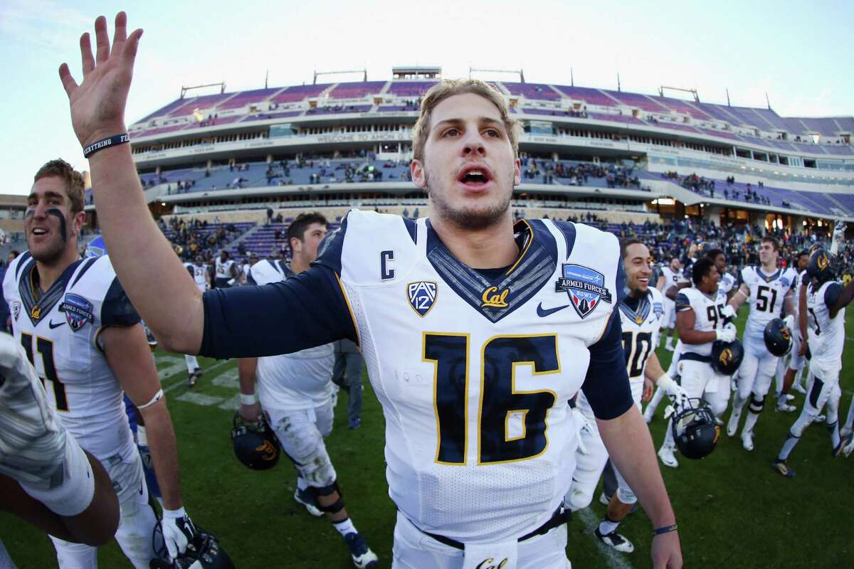 FORT WORTH, TX - DECEMBER 29: Jared Goff #16 of the California Golden Bears celebrates after beating the Air Force Falcons 55-36 in the Lockheed Martin Armed Forces Bowl at Amon G. Carter Stadium on December 29, 2015 in Fort Worth, Texas. (Photo by Tom Pennington/Getty Images)