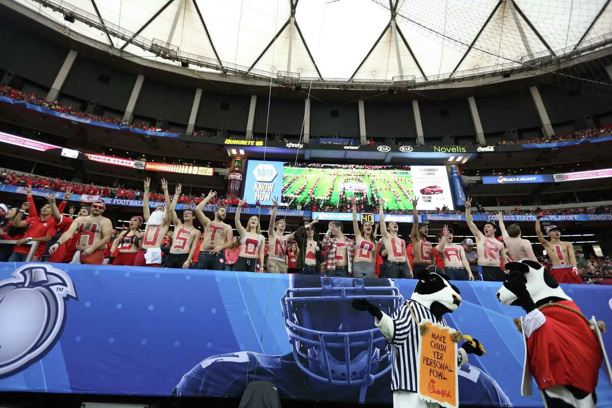 Houston fans in the first half of Chick-fil-A Peach Bowl at the Georgia Dome on Thursday, Dec. 31, 2015, in Atlanta.