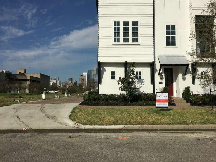 New housing in EaDo. Photo: Nancy Sarnoff