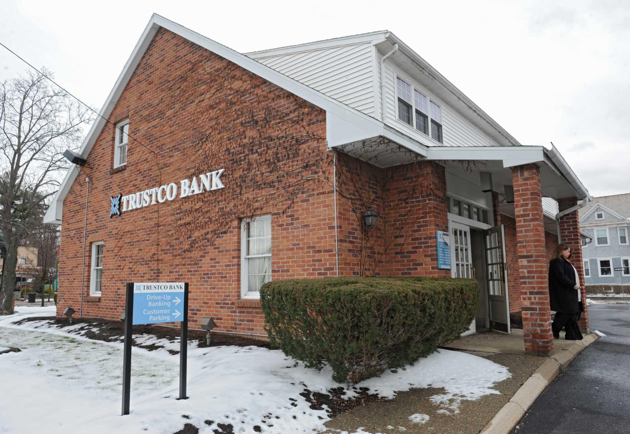 trustco bank hoosick falls