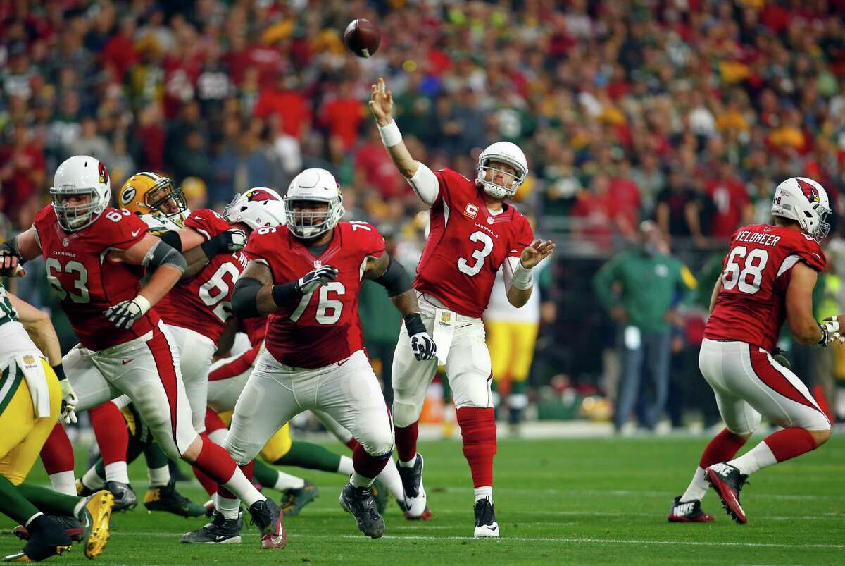 Notable number: 4,542 That's the number of passing yards that Arizona quarterback Carson Palmer has this season - at the age of 35. Palmer is having the best year of his career and would probably be the odds-on favorite to take home this year's MVP if not for the spectacular campaign put together by Carolina's Cam Newton. In other words, Sunday's matchup tasks Seattle with stopping as hot a quarterback as they've faced all season.