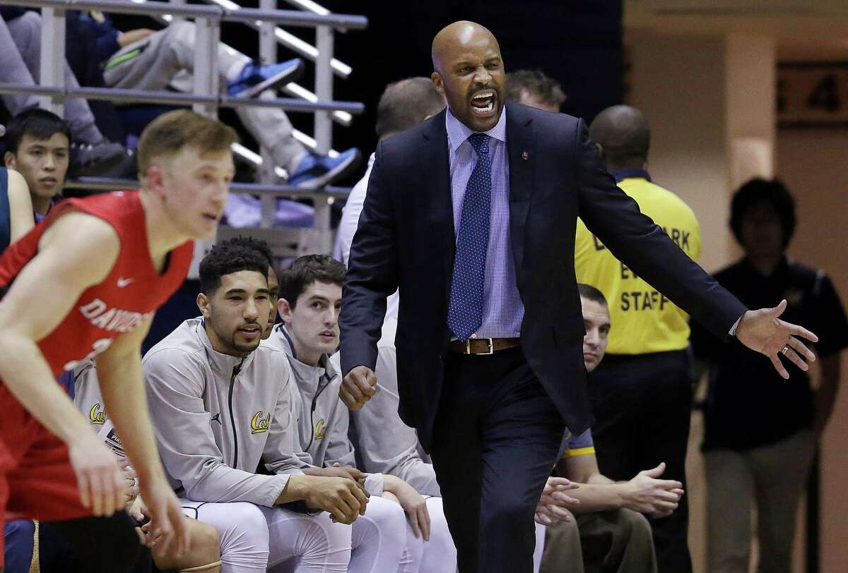 California coach Cuonzo Martin gestures during the first half of his team's NCAA college basketball game against Davidson in Berkeley, Calif., Monday, Dec. 28, 2015. (AP Photo/Jeff Chiu)