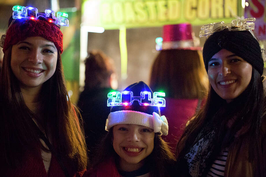 San Antonians rang in the new year at Celebrate San Antonio Dec. 31, 2015. Photo: Kay Richter