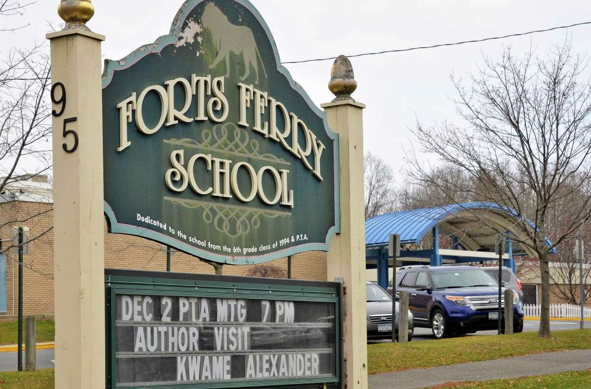 Forts Ferry Elementary School Tuesday Dec. 8, 2015 in Colonie, NY. (John Carl D'Annibale / Times Union)