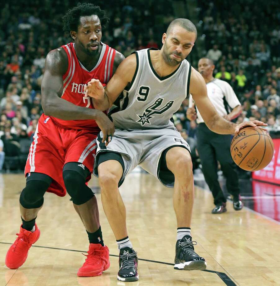 Spurs' Tony Parker is no stranger to Rockets' Patrick Beverley's physical play. Photo: Edward A. Ornelas /San Antonio Express-News / © 2016 San Antonio Express-News