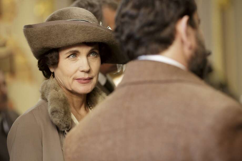 "Elizabeth McGovernplays Cora, Countess of Grantham in the hit show ""Downton Abbey."""
