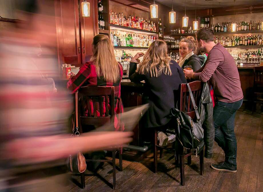 The bar at 15 Romolo in S.F. draws a crowd. Photo: John Storey, Special To The Chronicle