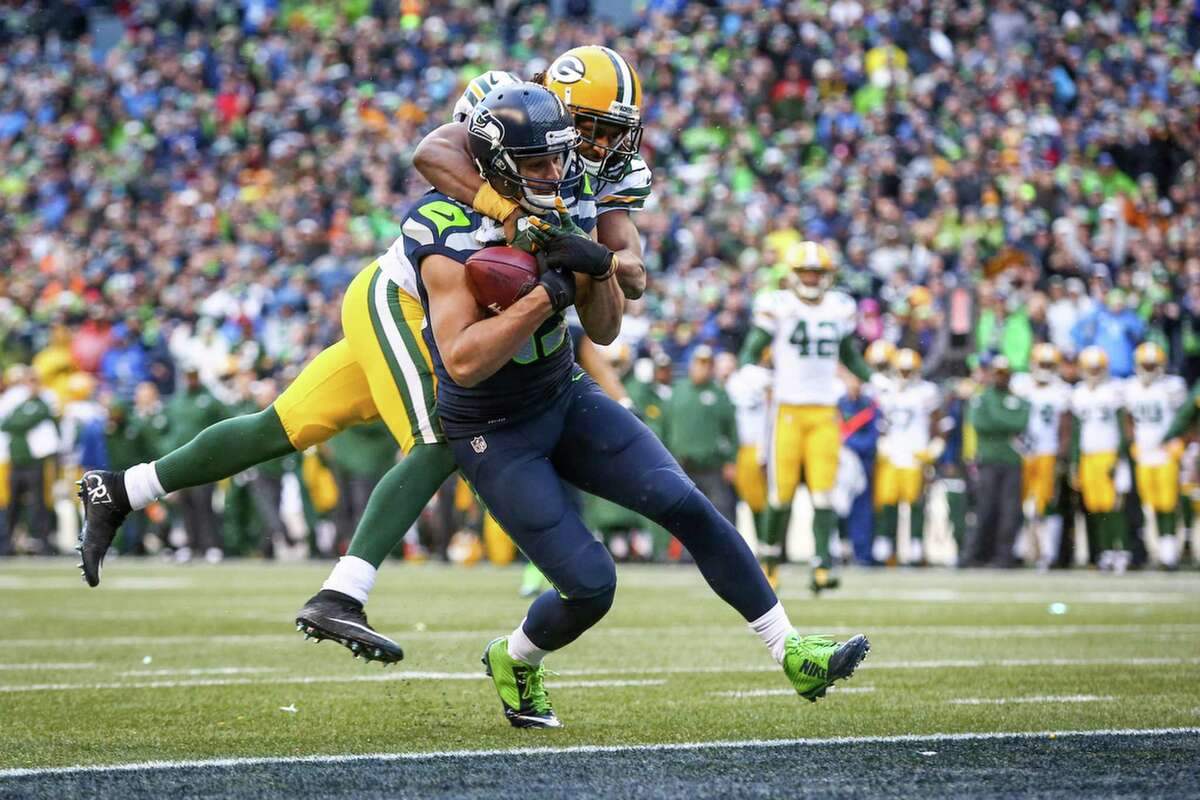 Seattle Seahawks receiver Jermaine Kearse catches a 35-yard pass from Russell Wilson for a game winning touchdown against the Green Bay Packers for the NFC Championship. The Seahawks won 28-22. Photographed on Sunday, January 18, 2015.