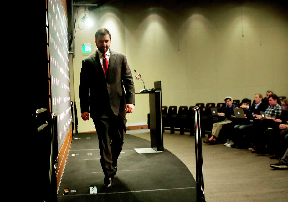 San Francisco 49ers CEO Jed York walks off the stage after speaking at Monday's news conference at Levi's Stadium. Photo: Lea Suzuki / Lea Suzuki / The Chronicle / ONLINE_YES