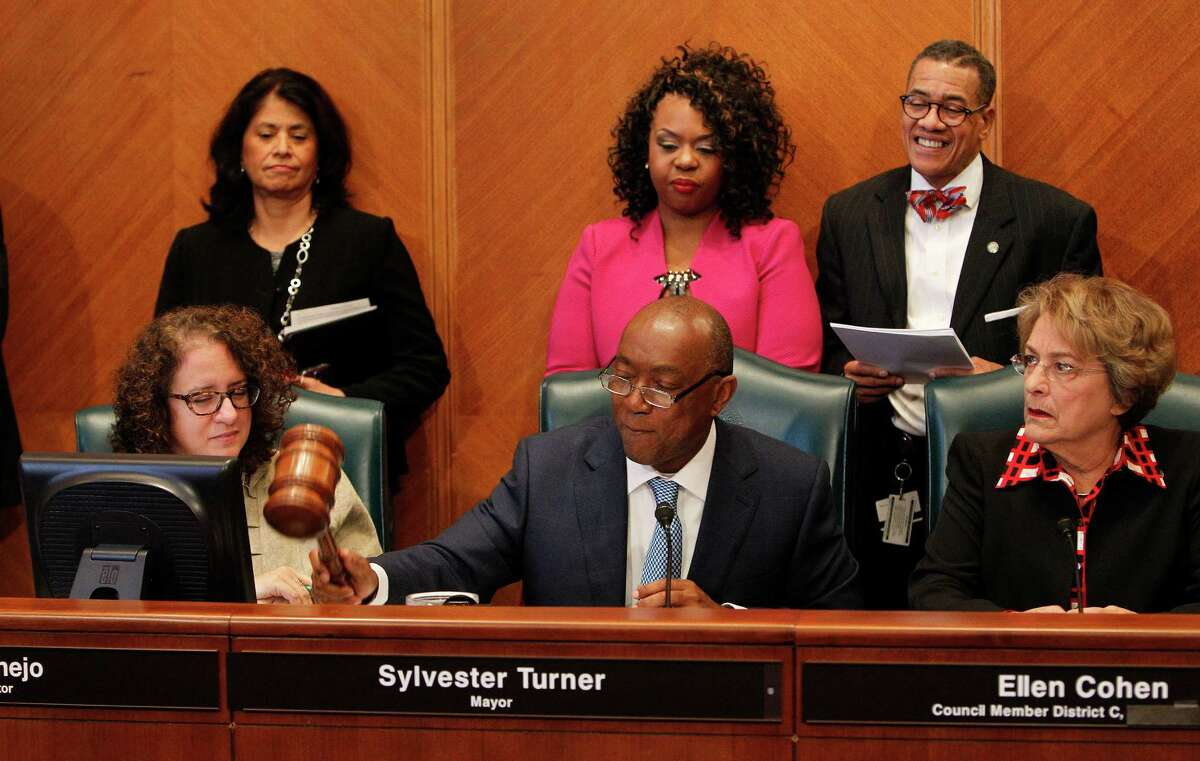 Among the first official tasks of Houston Mayor Sylvester Turner was to meet with City Council, Monday, Jan. 4, 2016, in Houston. ( Steve Gonzales / Houston Chronicle )