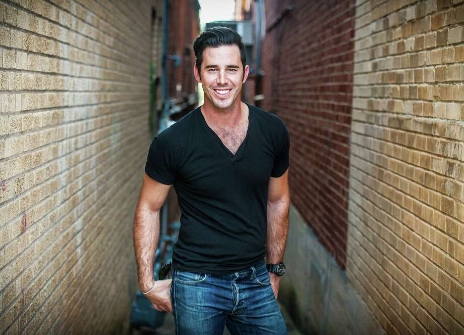 This undated image released by Lightfly Creative shows Craig Strickland, lead singer of Arkansas-based country-rock band Backroad Anthem. The Oklahoma Highway Patrol said Strickland, 29, of Springdale, Ark., died at Kaw Lake, near the Kansas-Oklahoma state line after he and Chase Moreland disappeared on a hunting trip. Strickland's body was recovered on Monday, Jan. 4, 2016. The body of Morland, 22, of Van Buren, Ark., was recovered Dec. 28. (Brian Armas/Lightfly Creative via AP) Photo: Brian Armas, HONS / Lightfly Creative