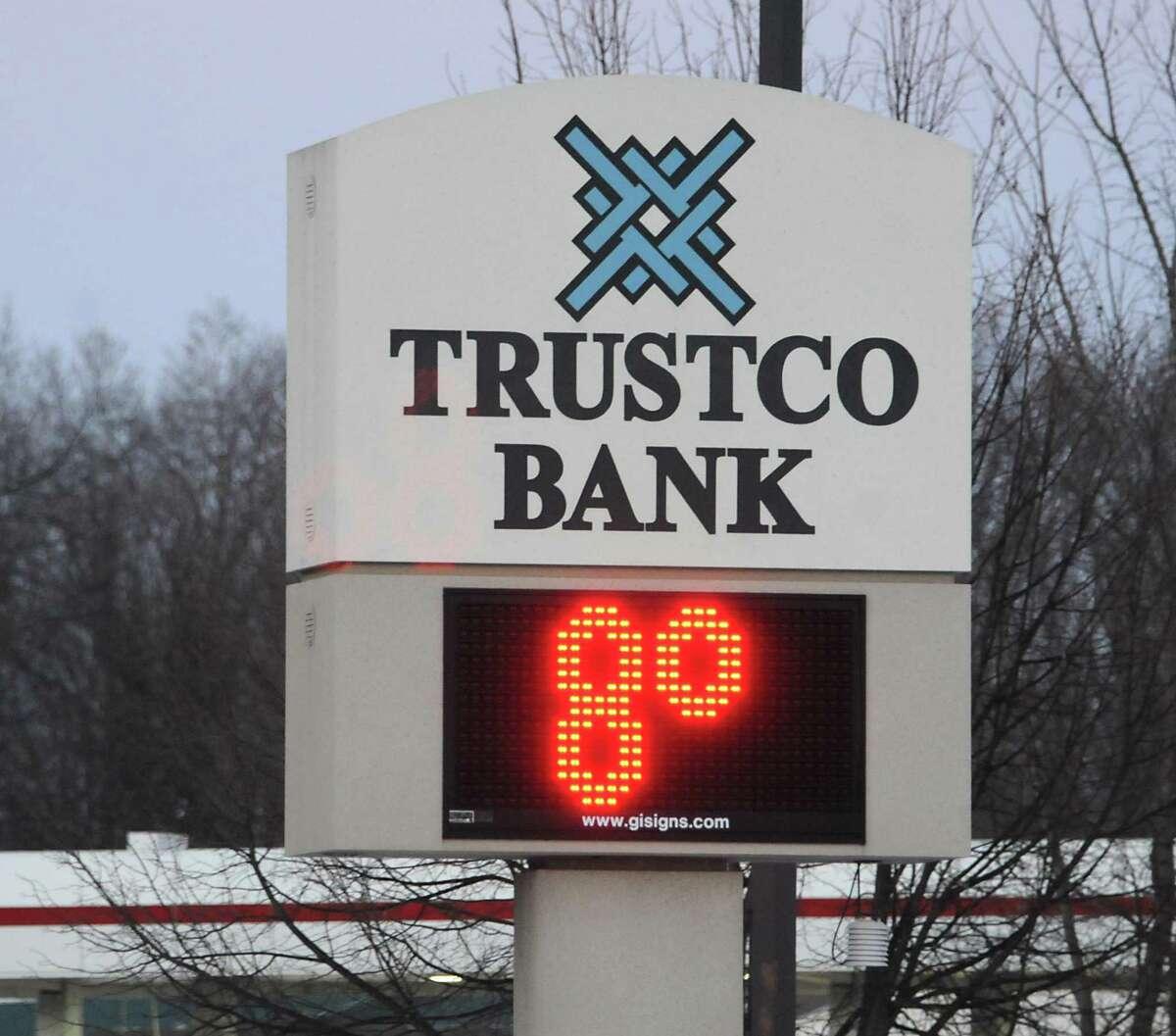 trustco bank latham ny