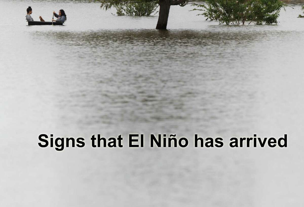 Signs that El Niño has arrived.
