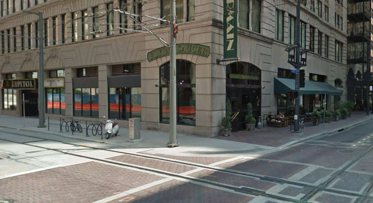 The Flying Saucer 705 Main, Ste. A, Houston, Texas 77002 Demerits: 14 Inspection highlights: Observed slime at deflector shield in ice machine. Photo by: Google Maps