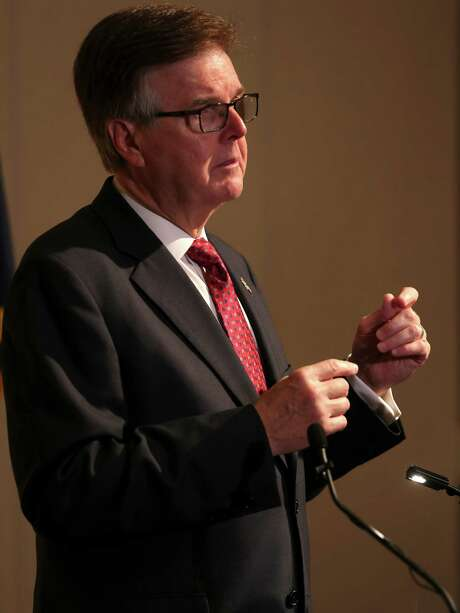 "Lt. Gov. Dan Patrick says a study shows crime in right-to- carry states, ""particularly open carry,"" fell 25 percent. Photo: William Luther / San Antonio Express-News / © 2015 San Antonio Express-News"