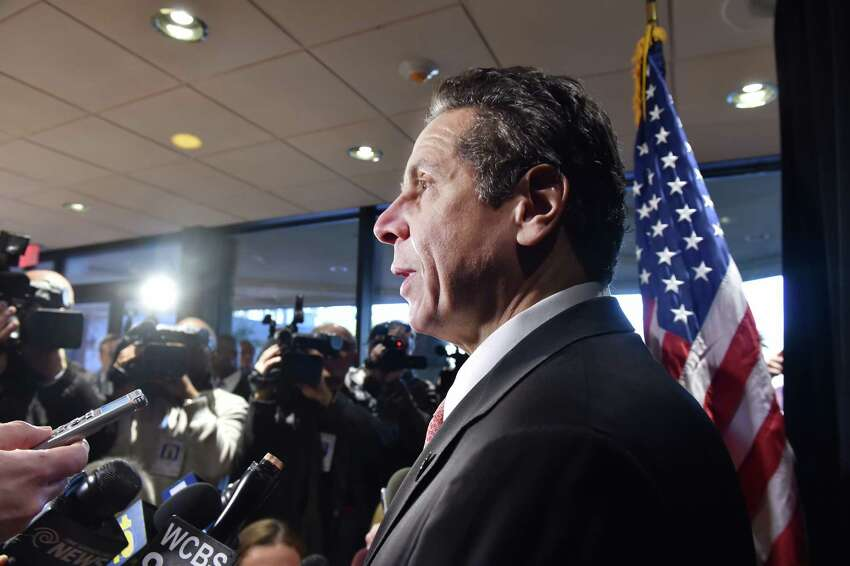 Gov. Andrew Cuomo hosts a press availability after he unveiled the second signature proposal of his 2016 agenda during an event on Tuesday, Jan. 5, 2015, in Nassau County, N.Y. (Kevin P. Coughlin/Office of the Governor)