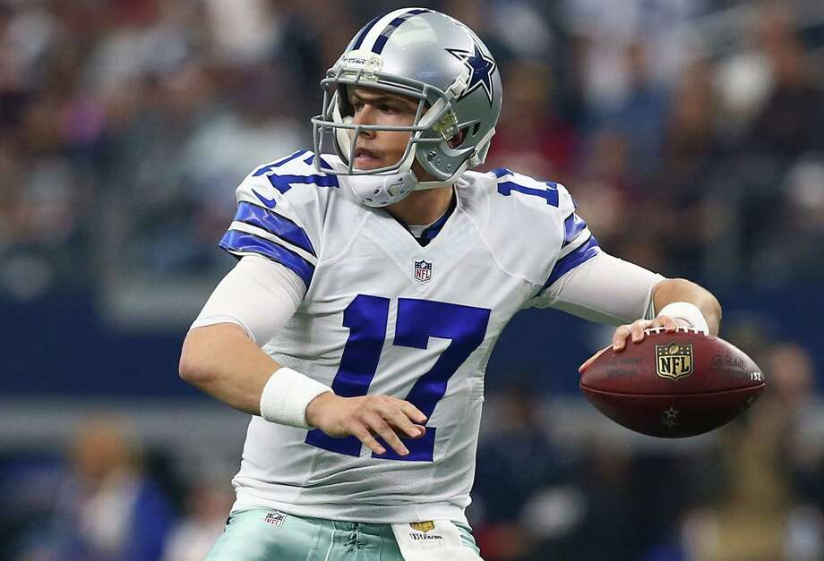 Kellen Moore of the Dallas Cowboys throws against the Washington Redskins during the first half at AT&T Stadium on January 3, 2016 in Arlington, Texas. Photo: Tom Pennington /Getty Images / 2016 Getty Images