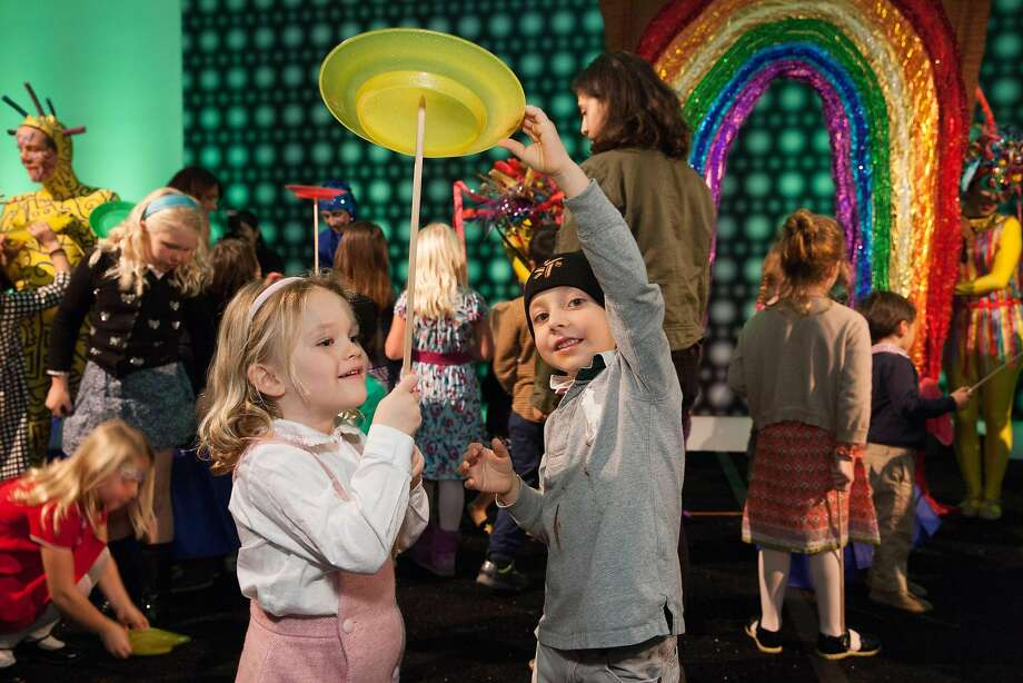 The third annual de Youngsters Art Party is scheduled for Friday, Jan. 8. Photo: Drew Altizer, Devlin Shand For Drew Altizer Ph