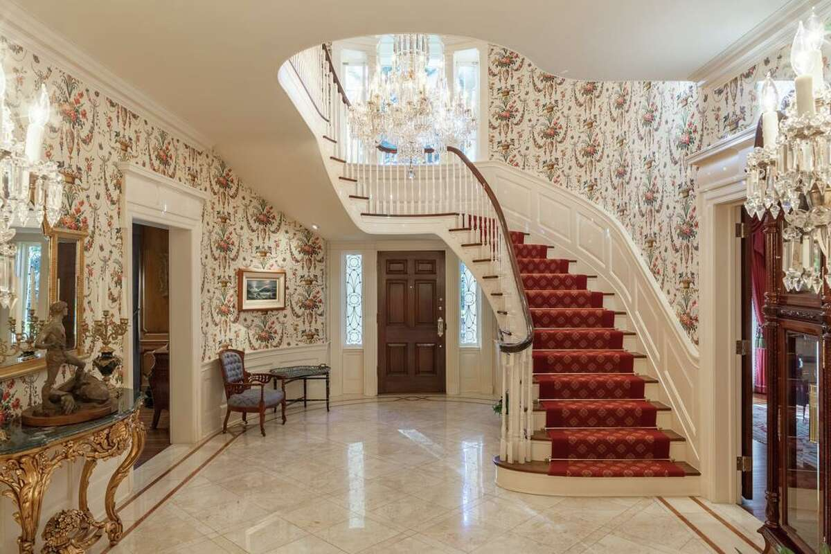 River Oaks Country Club Pictured: 1721 River Oaks Blvd, $16.9 million / 16.931 sq. ft.