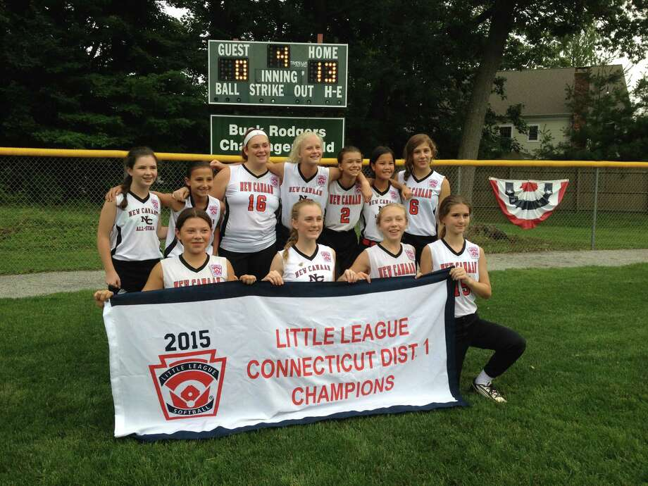 The New Canaan District 1 softball team, which won the championship a year ago. Photo: Contributed / New Canaan News