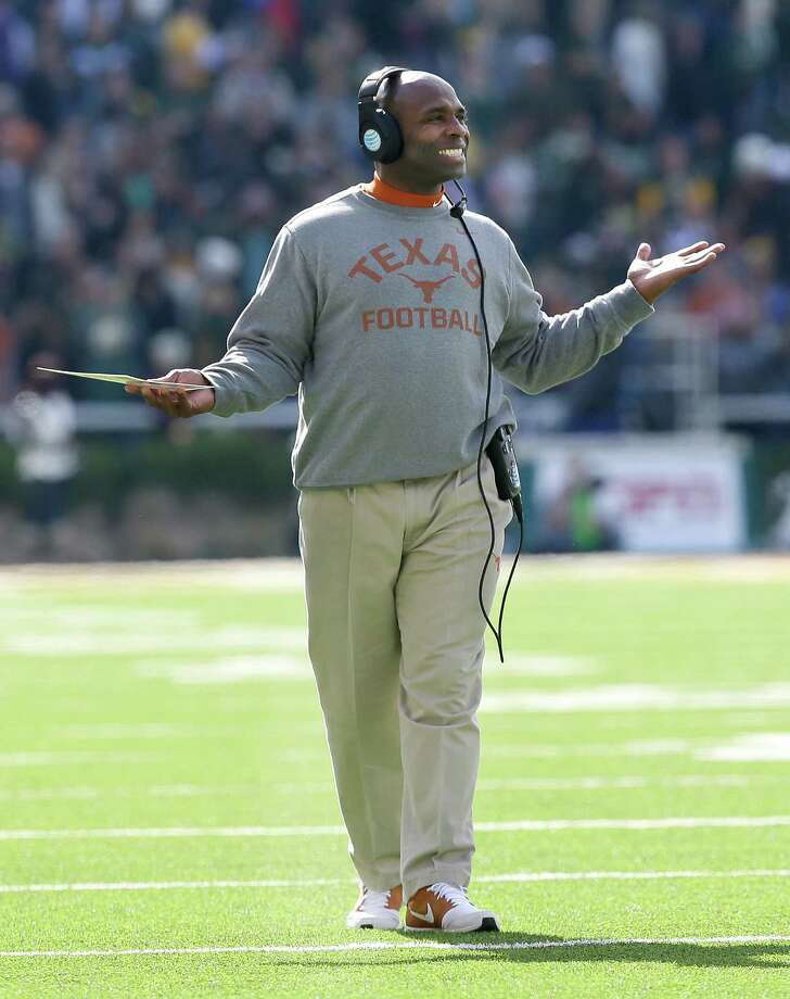 Texas head coach Charlie Strong will see one of his players, defensive tackle Hassan Ridgeway, attend the upcoming NFL Combine in Indianapolis. Photo: LM Otero /Associated Press / AP